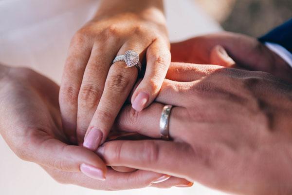De geschiedenis van de trouwring